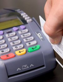 Credit Card Processing and 5 Processing Vendors You Should Know About