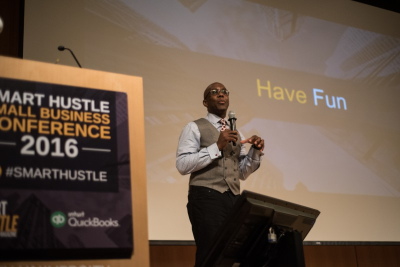 Ramon Ray presenting at Smart Hustle Small Business Conference