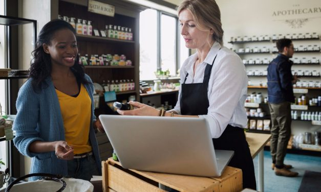 Vistaprint Report Says Many Consumers Will Shop More Small Businesses in 2018