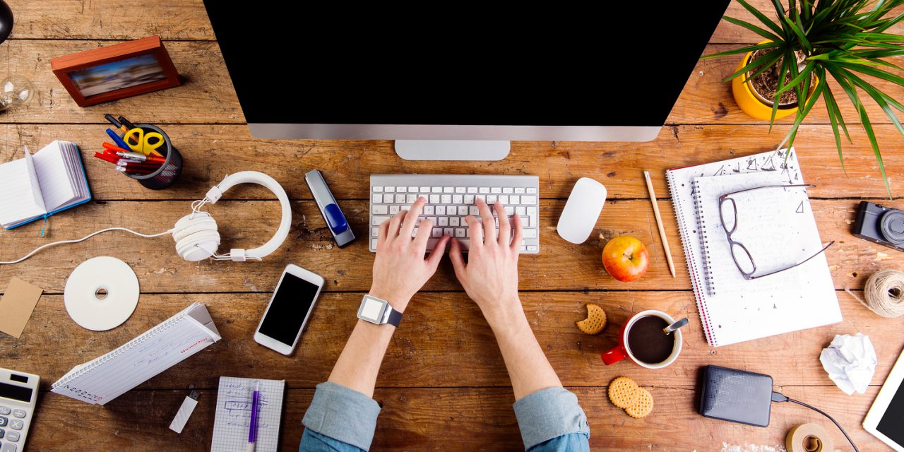 5 Outdated Office Supplies and Their Alternatives
