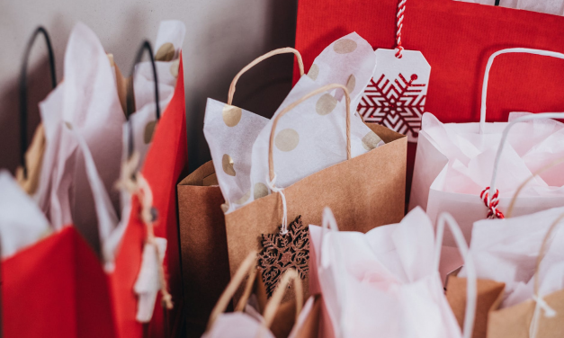 6 Ways You Can Boost Your Retail Store's Holiday Sales